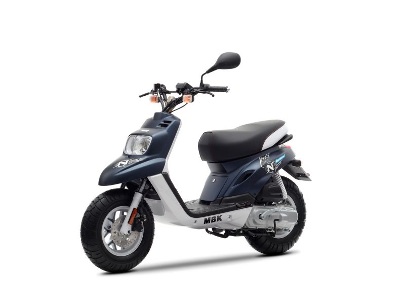 scooter neuf mbk booster spirit naked 10 pouces 50cc. Black Bedroom Furniture Sets. Home Design Ideas