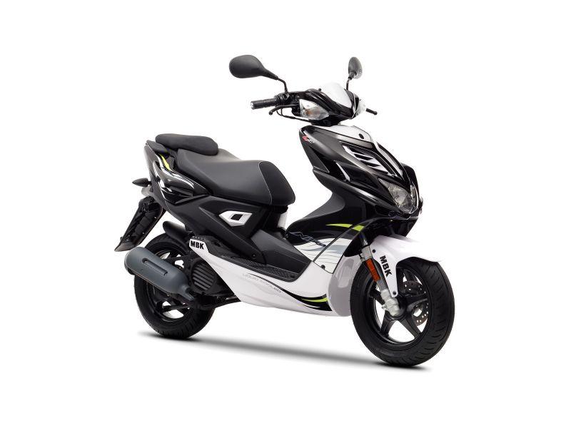 Scooter neuf MBK STUNT NAKED 50cc. - LAtelier du Scoot