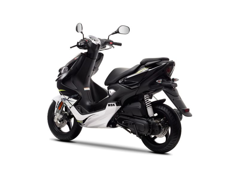 Scooter neuf MBK BOOSTER NAKED 13 pouces 50cc. - LAtelier