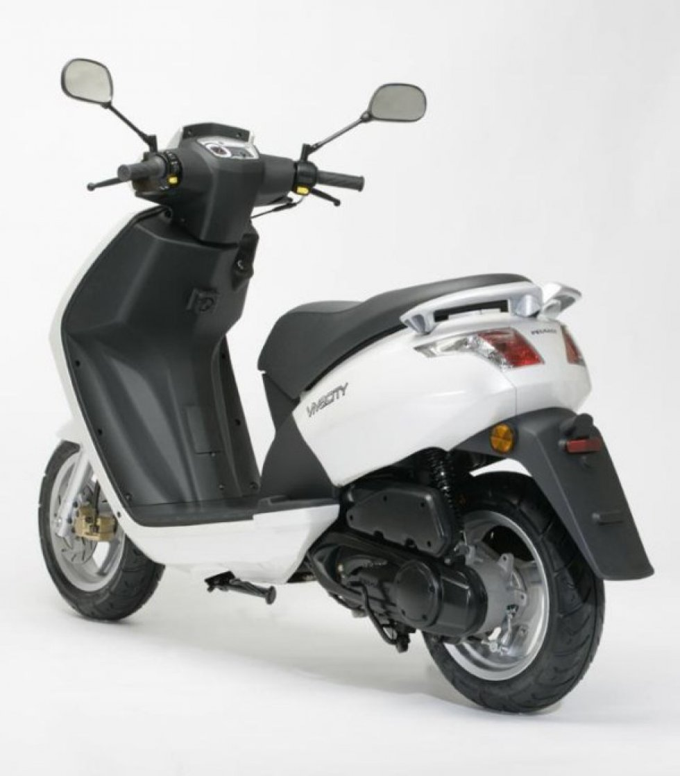 scooter neuf peugeot vivacity 2 temps 50cc vente scooter la seyne sur mer toulon l 39 atelier. Black Bedroom Furniture Sets. Home Design Ideas