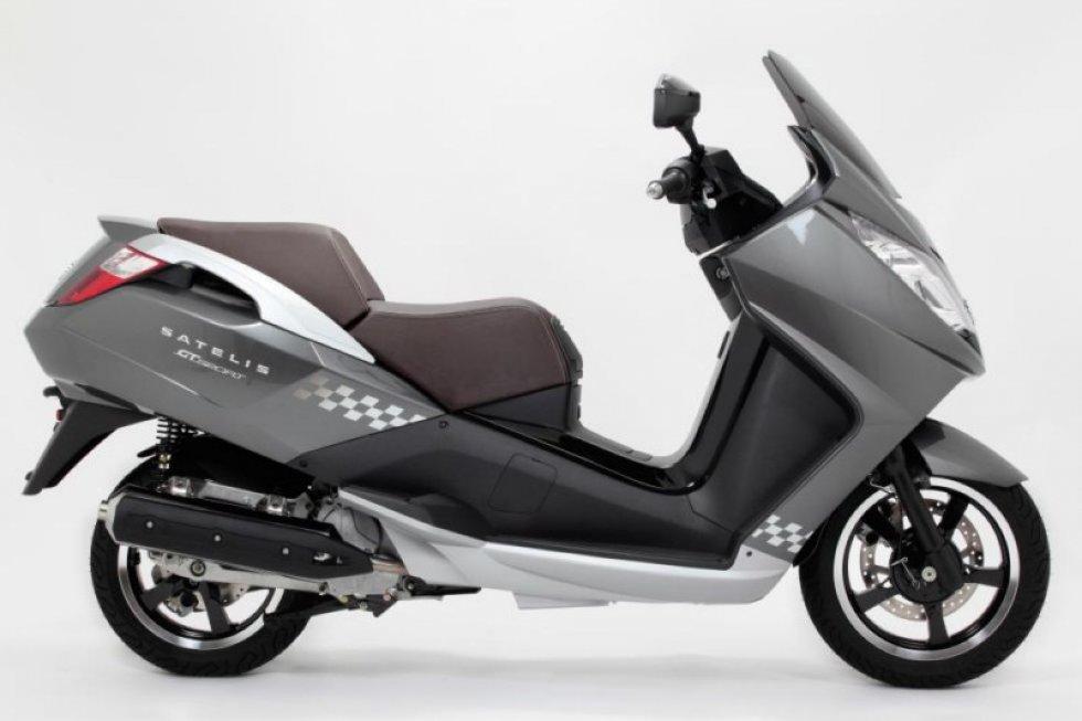 scooter neuf peugeot satelis gt sport 125 cc vente scooter la seyne sur mer toulon l. Black Bedroom Furniture Sets. Home Design Ideas
