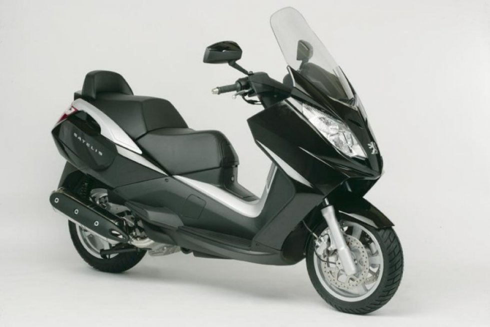 scooter neuf peugeot satelis 500 cc vente scooter la seyne sur mer toulon l 39 atelier du scoot. Black Bedroom Furniture Sets. Home Design Ideas