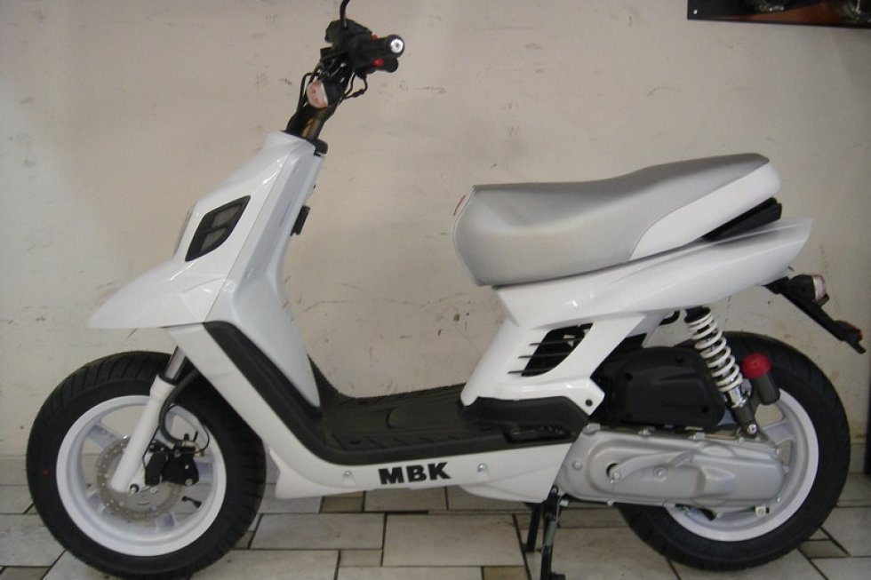 MBK Booster Naked 13 BCD