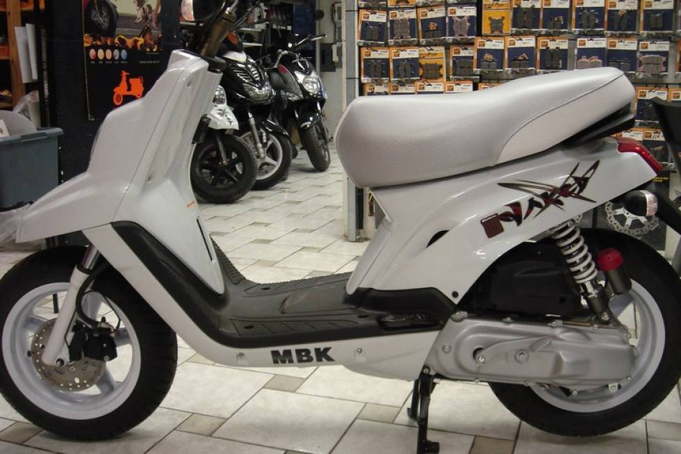 scooter neuf mbk booster naked promo la seyne sur mer six fours les plages