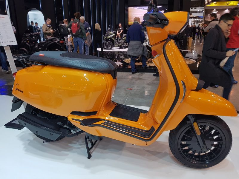 scooter neuf lambretta v special 125cc vente scooter la seyne sur mer toulon l 39 atelier du scoot. Black Bedroom Furniture Sets. Home Design Ideas