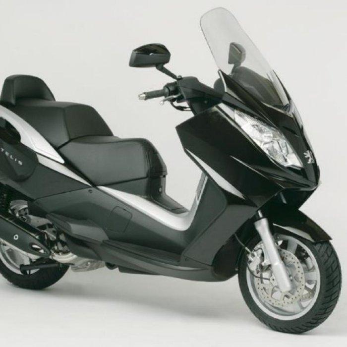 scooter neuf peugeot satelis 500 cc vente scooter la seyne sur mer toulon l 39 atelier du scoot. Black Bedroom Furniture Sets. Home Design Ideas
